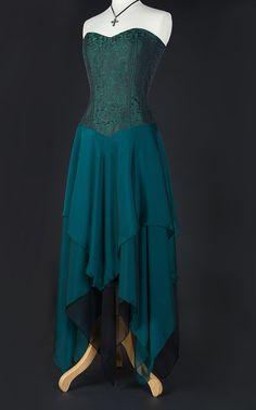 #Farbbberatung #Stilberatung #Farbenreich mit www.farben-reich.com Green Corset Dress - The Dark Angel Design Co
