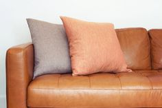 Learn how to revive your worn leather furniture with this simple tutorial. #HowTo #LeatherRepair #Furniture http://1stadvantagemortgage.com/blog/blog/2016/03/11/how-to-fix-peeling-leather-furniture/