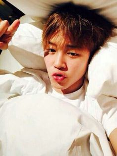 Bed head Jimin will never not be hot, jfc