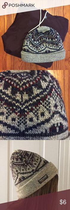 new style dc57b 366cc Unisex Warm Knit Thinsulate Hat NWOT, this super cute and cozy knit hat is  perfect