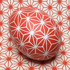 inspired by math and one of my favourite japanese patterns #pysanka #pysanky #писанка