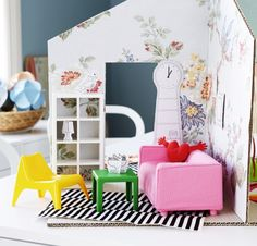 Always something new! Do you need new furniture for your dollhouse? Get mini classic IKEA furniture with the HUSET set.