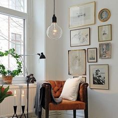 Mixture of frames add a lot of character to white walls // frames // print #whitespaceconcept #makeityourapace