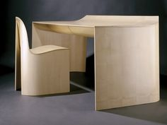 DUNE desk and chair