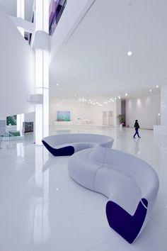 Circle sofa for Walter Knoll by UNStudio / Ben Van Berkel