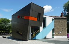 Lock-Keeper's, Graduate Centre at Queen Mary's University, London E1 by Surface Architects