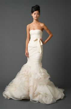 Round-up of ruffled wedding dresses: see our favorites (like Vera Wang 'Gemma')