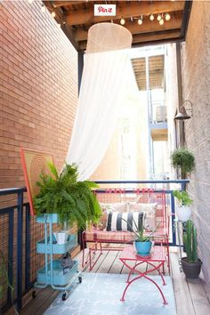 A small patio is not a reason for you not to create a charming garden. Read Comfortable Small Patio On Backyard Ideas Apartment Balcony Decorating, Apartment Balconies, Apartment Backyard, Cozy Apartment, Bedroom Apartment, Apartment Plants, Apartment Furniture, Cozy Bedroom, Apartment Design