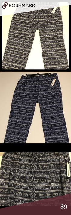 """Sonoma Sleep Lounge Pants Blue Elephants print NEW NEW WITH TAGS ~ MSRP: $30.00 Sonoma Sleep/Lounge Pants  * Size 2X * Material: 60% Cotton; 40% Polyester * Approx. Measurements (See Photos): Waist: 20.5"""" Length: 42.5""""  Please feel free to message me with any questions. Sonoma Intimates & Sleepwear Pajamas"""