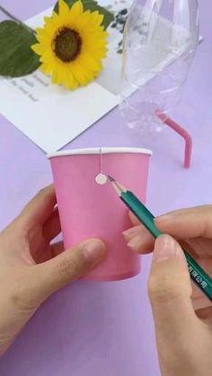 Diy Crafts For Teens, Diy Crafts Hacks, Diy Crafts For Gifts, Cute Crafts, Creative Crafts, Easy Paper Crafts, Paper Crafts Origami, Instruções Origami, Bottle Crafts