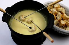 Cheddar and Cider Cheese Fondue