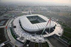 Il nostro stadio... Stupendo.