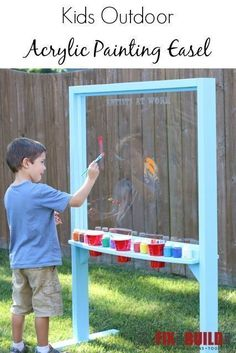Outdoor Acrylic Painting Easel Make an outdoor acrylic painting easel for your little artists. Your kids will love this art station and will be painting all summer. Very easy DIY project that anyone can make!Make an outdoor acrylic painting easel for you Backyard Playground, Backyard For Kids, Diy For Kids, Playground Ideas, Children Playground, Kids Yard, Outdoor Fun For Kids, Outdoor Play Areas, Preschool Playground