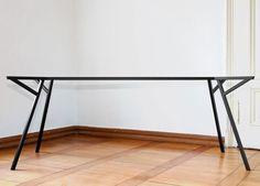 la structure de table d'architecte du studio de design 45 kilos