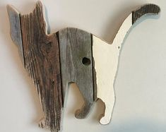 Calico Cat - Pose 1 (order now from you) Handmade S . Calico Cat - Pose 1 (order now from yo. Diy Pallet Projects, Wood Projects, Woodworking Projects, Recycled Pallets, Wooden Pallets, Repurposed Wood, Pallet Wood, Metal Tree Wall Art, Wood Wall Art