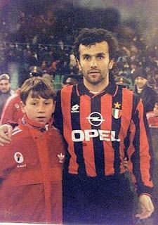 A childhood Antonio Cassano (left) and Dejan Savicevic, AC Milan (right, 1992–1998, 97 apps, 20 goals)