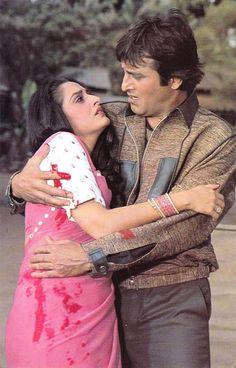 VINOD KHANNA AND JIA PRADHA Bollywood Stars, Indian Bollywood, Bollywood Actress, Vintage Bollywood, Vinod Khanna, India Images, South Indian Film, Hindi Movies, Film Industry