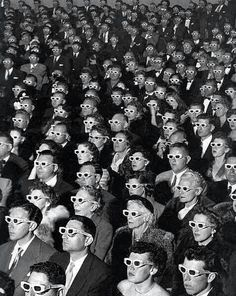 Audience in black and white via @Baltic Lapse