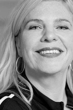 Anneliese Bergman is werkzaam in de communicatie- en media wereld. Zij heeft decennialang vastenreizen gemaakt. Al deze geweldige ervaringen hebben haar in contact gebracht met Brigitte Vos en samen hebben zij een uniek reisprogramma ontwikkeld dat je laat ervaren wat gezonde voeding, dagelijkse beweging en tijd voor jezelf kunnen betekenen.