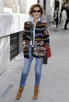 Best Clothing Styles For Women Over 50 - Fashion Trends Over 50 Womens Fashion, 50 Fashion, Fashion Over 40, Look Fashion, Fashion Outfits, Woman Fashion, Fashion Trends, Casual Chic, Winter Stil