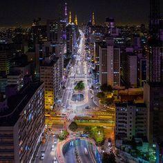 Av. Paulista - São Paulo, Brasil Brasileiro clica imagens aéreas de São  Paulo que 7ca6ce8317