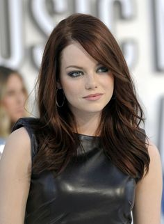 Love this color. This warm chocolate brown hue was a perfect complement for Emma Stone's fair skin. Learn how to get your own flattering custom haircolor online at: http://www.haircolorforwomen.com/breakthrough-hair-color-system/