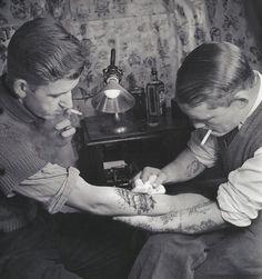 Tattoo parlour | 1920s | vintage | ink | sailors | smoke | black & white | www.republicofyou.com.au