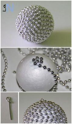 Haz tus propios adornos para el árbol de Navidad con bolas de porexpan y…