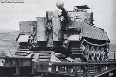 A Tiger 1 with it's narrow Verladeketten installed to allow for transport by rail