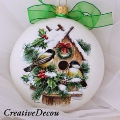CreativeDecou White glass (painted inside) ornament with Chickadee House scene. Christmas Decoupage, Painted Christmas Ornaments, Christmas Balls, Christmas Crafts, Christmas Decorations, Holiday Decor, Fabric Balls, Christmas Paintings, Tole Painting