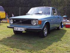 Volvo 142 GL 1973 ett samlar fordon i mycket bra skick både utvändigt och invändigt och undertill. Helrenoverad under många år. Mycket nya delar. Info om b...