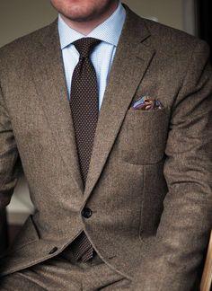 Brown tweed suit tie pocket square
