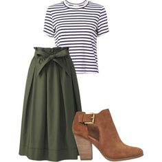 A fashion look from September 2017 featuring A. t-shirts, Uniqlo skirts and MICHAEL Michael Kors ankle booties. Browse and shop related looks. Mode Outfits, Casual Outfits, Fashion Outfits, Womens Fashion, Skirt Outfits, Jw Mode, Modesty Fashion, Cooler Look, Look Vintage