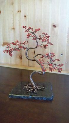 Wire Tree - Akai by NoriAnum