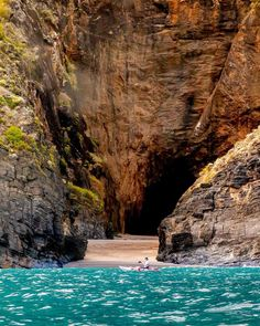 Amazing Pics, South Australia, Kayaking, Travel Destinations, Waterfall, Beautiful Places, World, Outdoor Decor, Instagram
