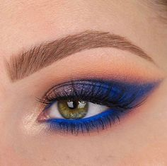 """29.2k Likes, 124 Comments - Benefit Cosmetics US (@benefitcosmetics) on Instagram: """"@Tania Waller blue our minds with this gorgeous, defined brow! She uses #preciselymybrowpencil in…"""""""