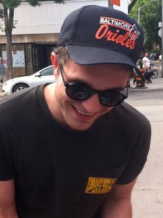 Robert Pattinson repping the Orioles!! Yes!
