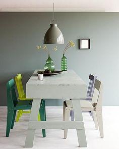 Home Decorating DIY Projects  :     Dat groen van nature een koele kleur is kun je uitbuiten door het te gebruiken om een kleine ruimte groter te laten lijken.    -Read More –   - #DIY https://decorobject.com/diy/home-decorating-diy-projects-dat-groen-van-nature-een-koele-kleur-is-kun-je-uitbuiten-door-het-te-gebruiken-o/