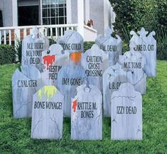 Look at all these fun free Halloween cut files! Use these free Halloween SVGs with your Silhouette or Cricut to craft up some Halloween shirts. Halloween Prop, Halloween Tanz, Cheap Halloween Decorations, Halloween Graveyard, Halloween Party Supplies, Outdoor Halloween, Halloween Party Decor, Holidays Halloween, Halloween Crafts