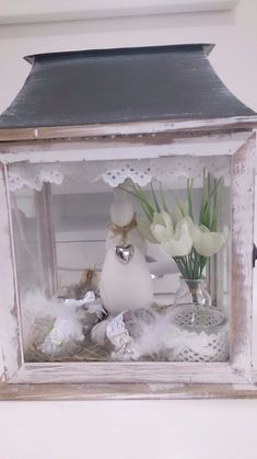 Easter decoration, Easter, spring lantern Easter bunny, Easter egg Shabby bunny new Easter bunny dekorieren garten Easter Bunny, Easter Eggs, Bunny Bunny, Easter Table Settings, Cat Furniture, Display Boxes, Other Rooms, Spring Flowers, Seasonal Decor