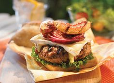 Veal, honey-and-mustard, Brie Cheeseburger How To Cook Burgers, Peach Slices, Burger Buns, Fresh Milk, Honey Mustard, Burger Recipes, Cheese Recipes, Brie, Hamburger