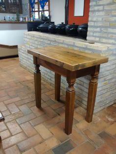 """""""Mesa de madeira de demolição""""..."""