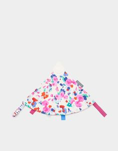 I have a little niece who would love this (and a fabric-chewing cousin who would be very jealous!) • Cheeky chompers Tabitha Floral Creme Comfort Chew | Joules UK