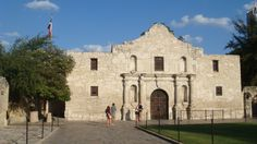 Alamo Plaza in San Antonio : I can find the real history which I have seen in a museum.