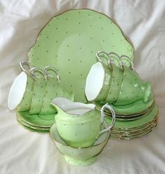 Royal Albert Green & White Polka Dot 21 Pce Tea Set, Cups, Saucers, Plates,