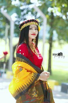 Myanmar Traditional Dress, Traditional Dresses, Asian Woman, Asian Girl, Myanmar Women, Most Beautiful Indian Actress, Indian Fashion, Women's Fashion, Indian Beauty