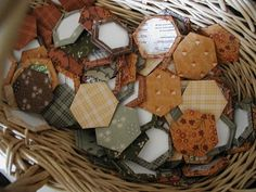 Very Easy English paper piecing tutorial from Road Home Quilting