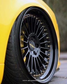 Classic Car News Pics And Videos From Around The World Rims For Cars, Vw Cars, Truck Wheels, Wheels And Tires, Muscle Car Rims, Honda Accord Custom, Motorcycle Wheels, Yellow Car, Mc Laren