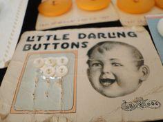 ButtonArtMuseum.com -  Vintage Button Cards