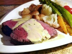 Another great recipe from my Renny Darling cookbook collection. I use a cheaper eye of the round instead of a beef tenderloin roast! EYE OF THE ROUND ROAST WITH BLENDER BÉARNAISE SAUCE Serves 4-6 w...